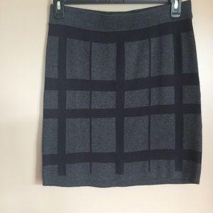 LOFT gray sweater skirt w/ black striped pattern